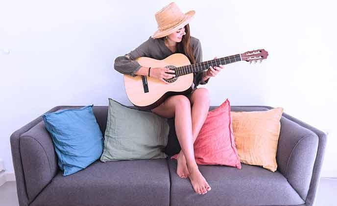Mejores-guitarras-principiantes